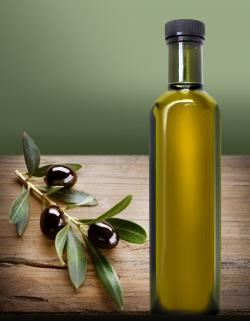 Bottle of healthy, delicious olive oil