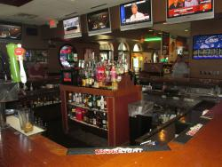 Paps Ultimate Bar & Grill in Mount Prospect