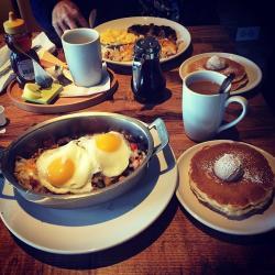 Alexander's Cafe breakfast items