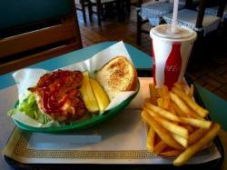 Franksville Restaurant Chicken Sandwich in Chicago