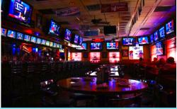 Gatsby's Sports Pub & Pizza in Arlington Heights