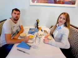 Couple enjoying lunch at Brousko Authentic Greek Cuisine in Schaumburg