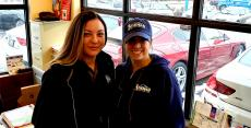 Friendly office staff at Athenian Body Shop in Chicago Ridge