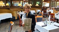 Friendly server at Ki's Steak and Seafood in Glendale Heights